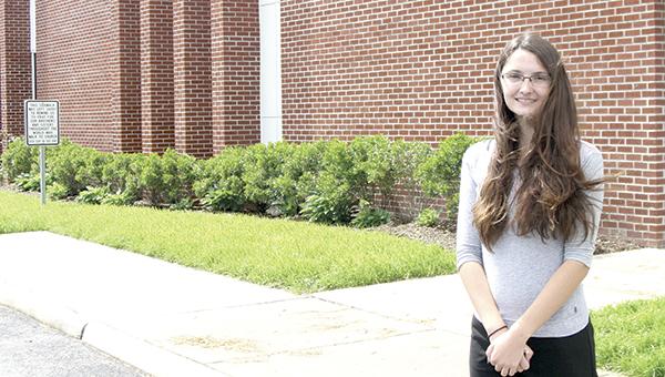 Suffolk Christian Academy valedictorian Emma VanDorn will attend college in Tennessee.