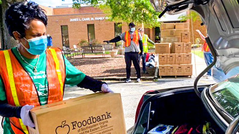 Links volunteer for foodbank - The Suffolk News-Herald